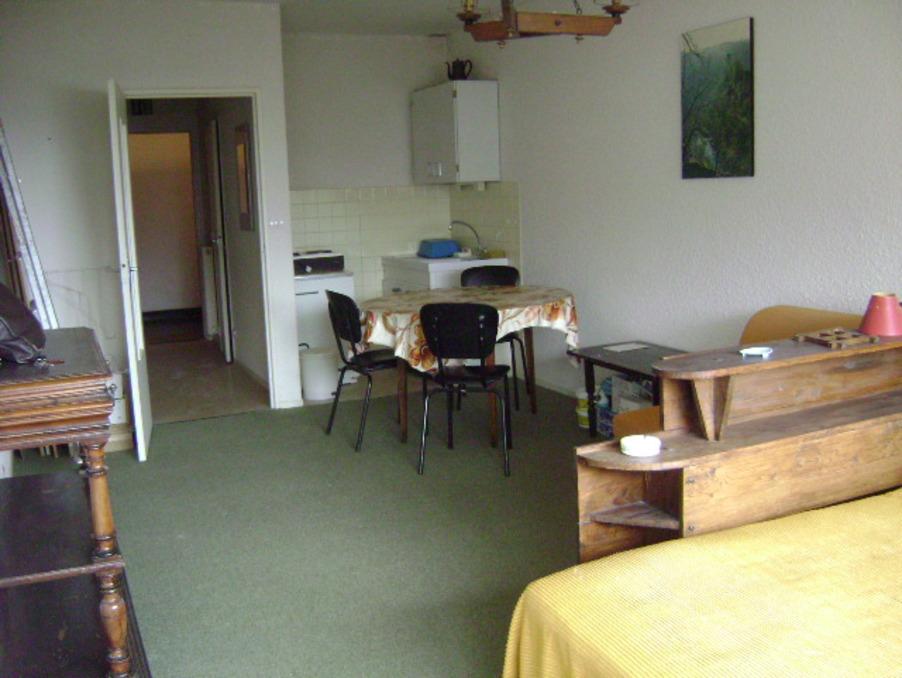 Vente Appartement  Super besse 73 000 €