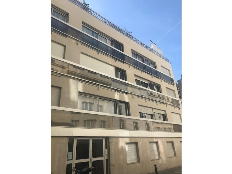 Location Appartement  1 chambre  PARIS 17EME ARRONDISSEMENT 1 350 €