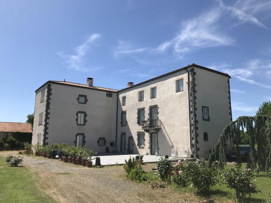 Vente Propriete  8 chambres  CLERMONT FERRAND  897 000 €