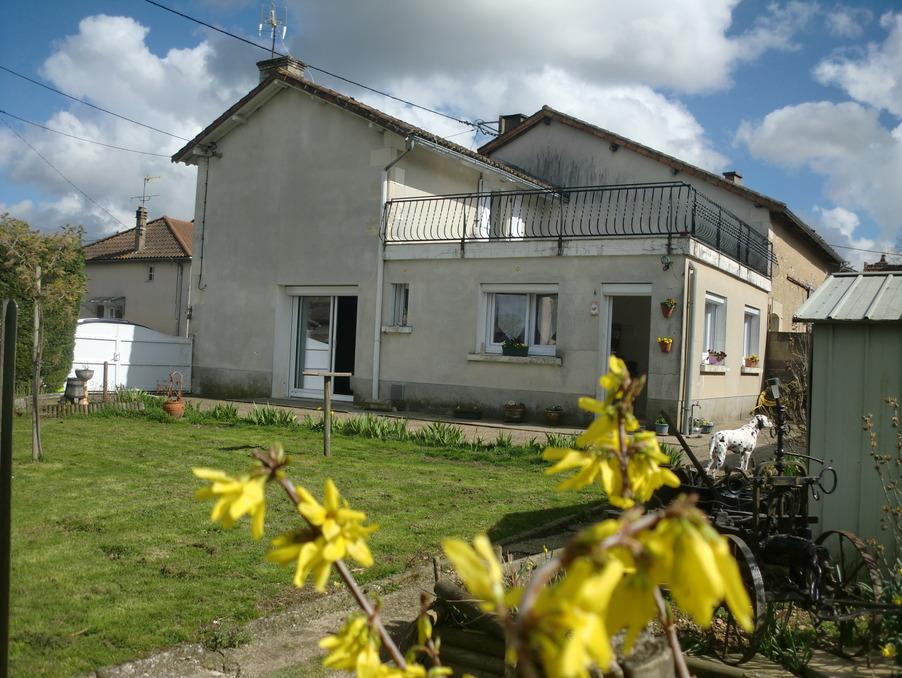 Vente Maison  avec jardin  LEIGNES SUR FONTAINE 70 000 €