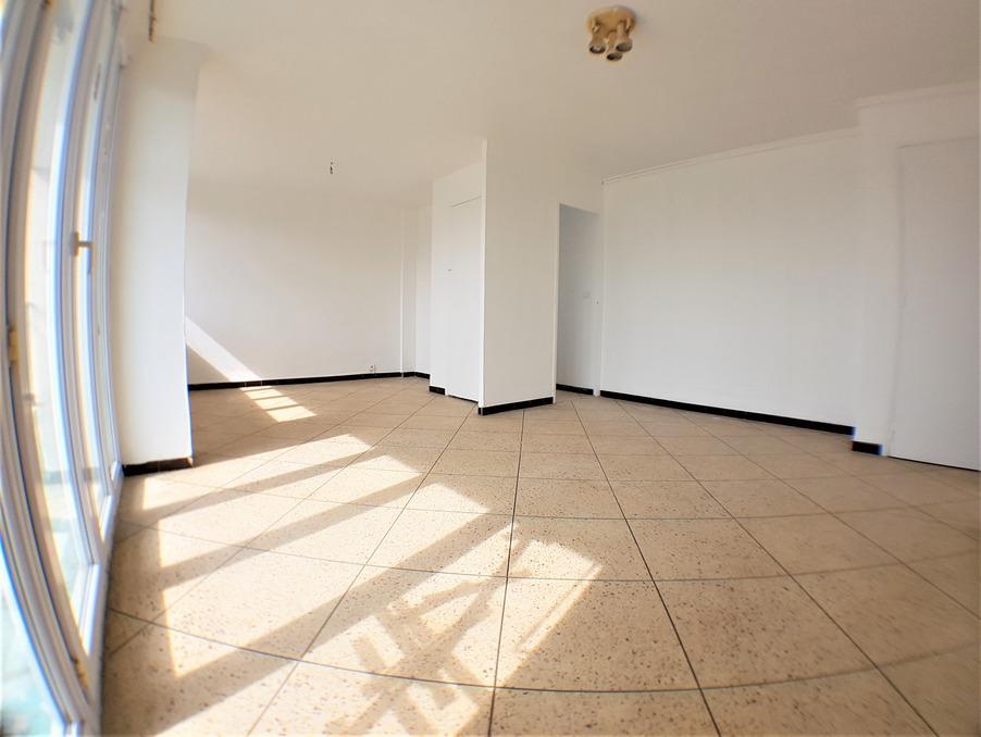 Location Appartement MARSEILLE 9EME ARRONDISSEMENT  850 €