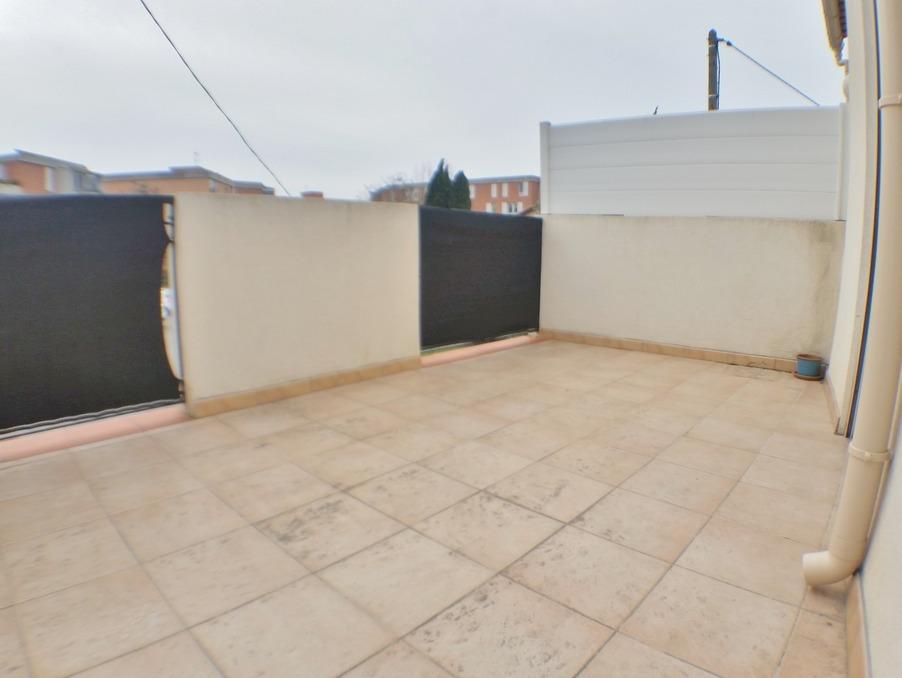 Location Appartement PLAN DE CUQUES  700 €