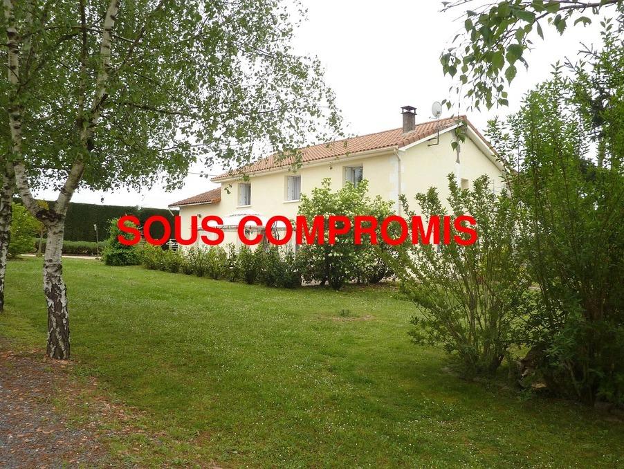 Achat maison avec jardin chasseneuil sur bonnieure 155 m for Piscine chasseneuil sur bonnieure