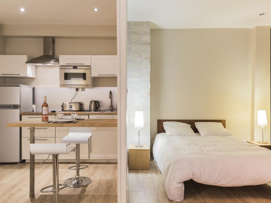 Location Appartement PARIS 57 €