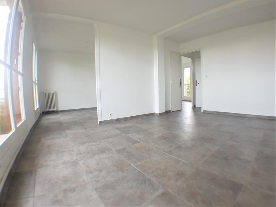 Location Appartement  2 chambres  MARSEILLE 14EME ARRONDISSEMENT  790 €