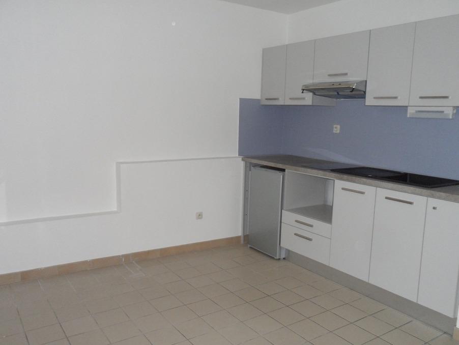 Location Appartement LA TOUR DE SALVAGNY  412 €