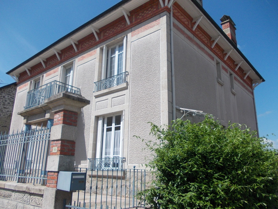 Vente Maison NEUVIC  171 200 €