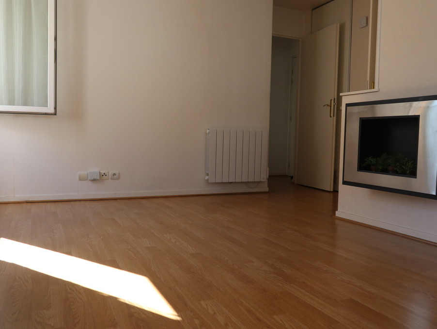 Location Appartement TAVERNY  930 €