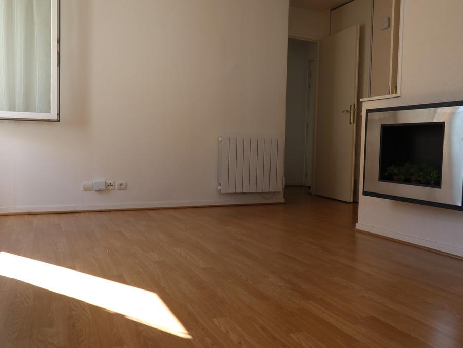 Location Appartement  avec ascenseur  TAVERNY  930 €