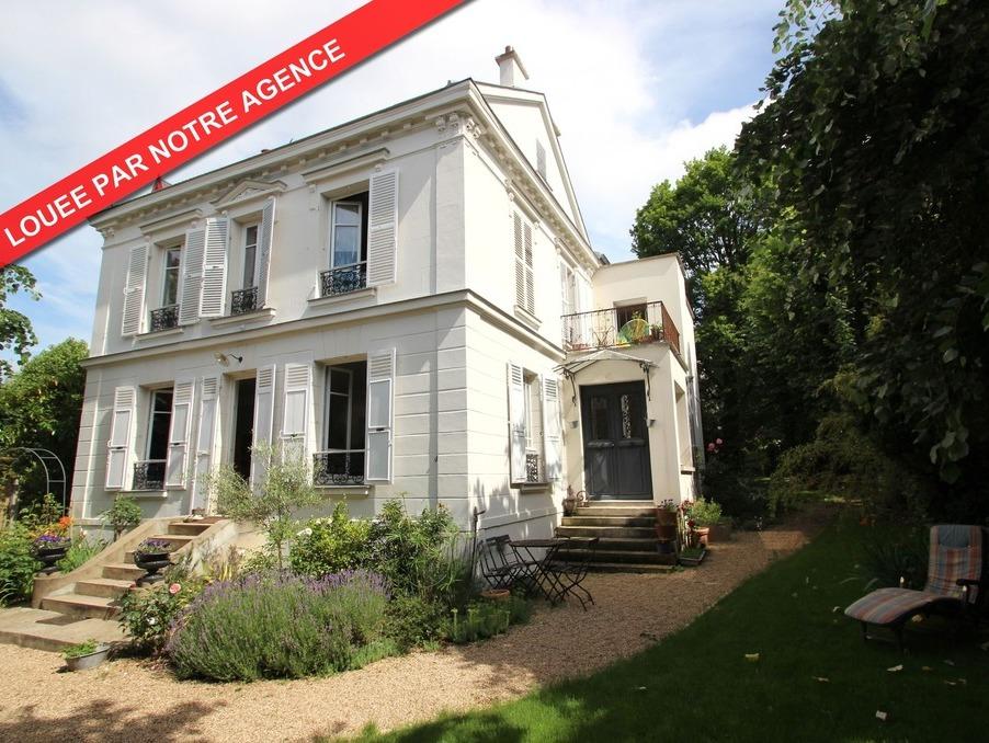 Location Maison  5 chambres  LE VESINET 3 950 €