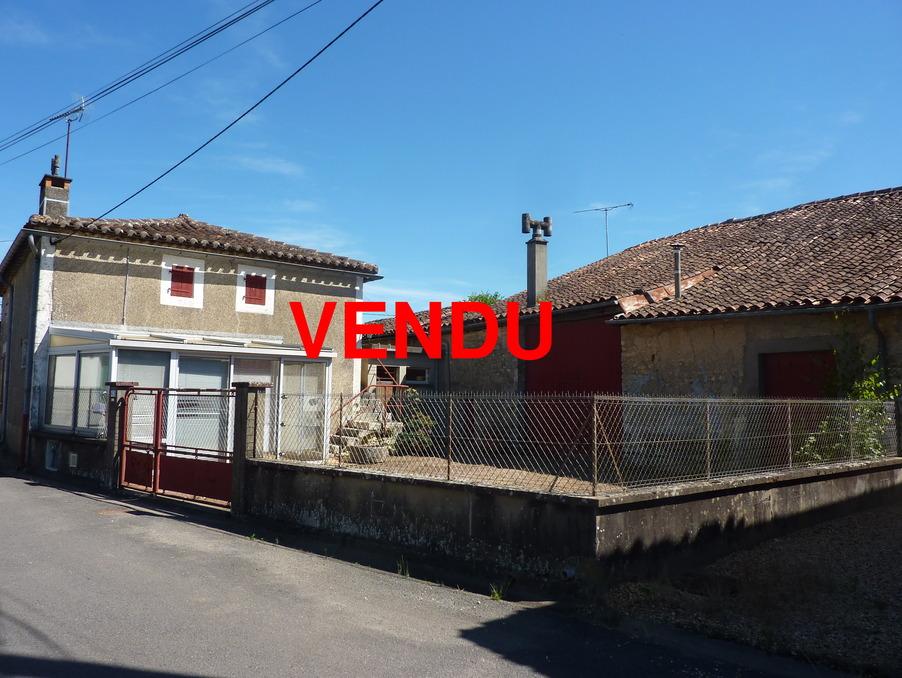 Vente Maison CHASSENEUIL SUR BONNIEURE 36 500 €