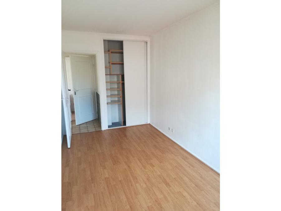 Location Appartement GUYANCOURT  856 €