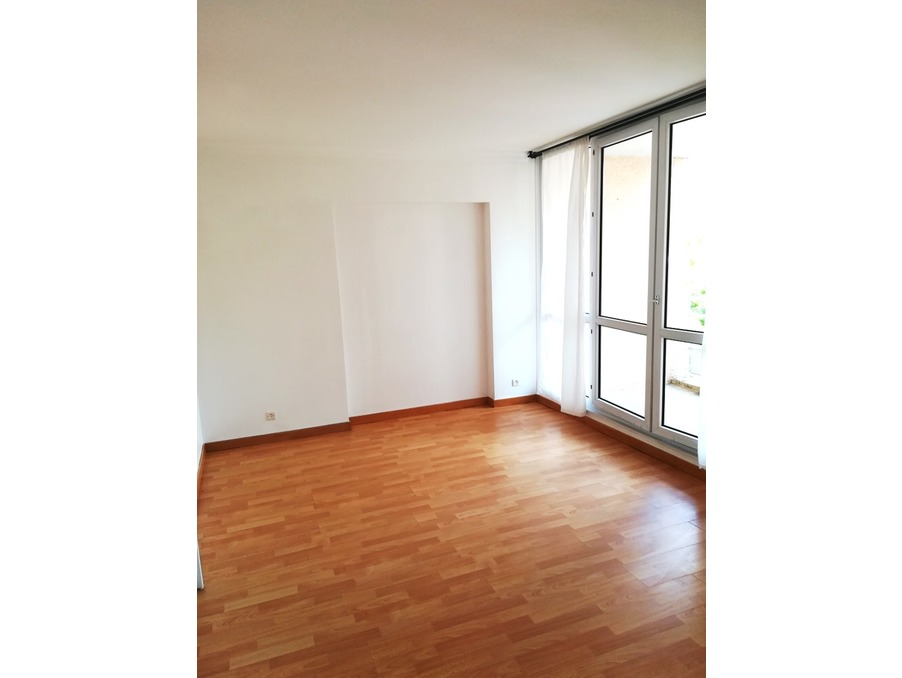 Location Appartement GUYANCOURT 5