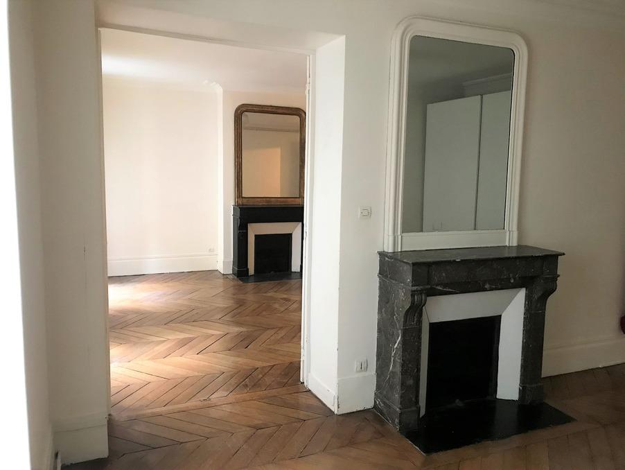 Location Appartement PARIS 17EME ARRONDISSEMENT 2 375 €