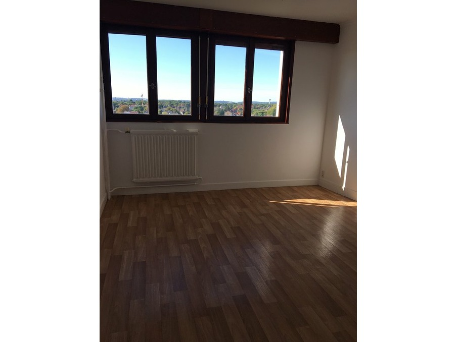 Location Appartement TAVERNY  870 €