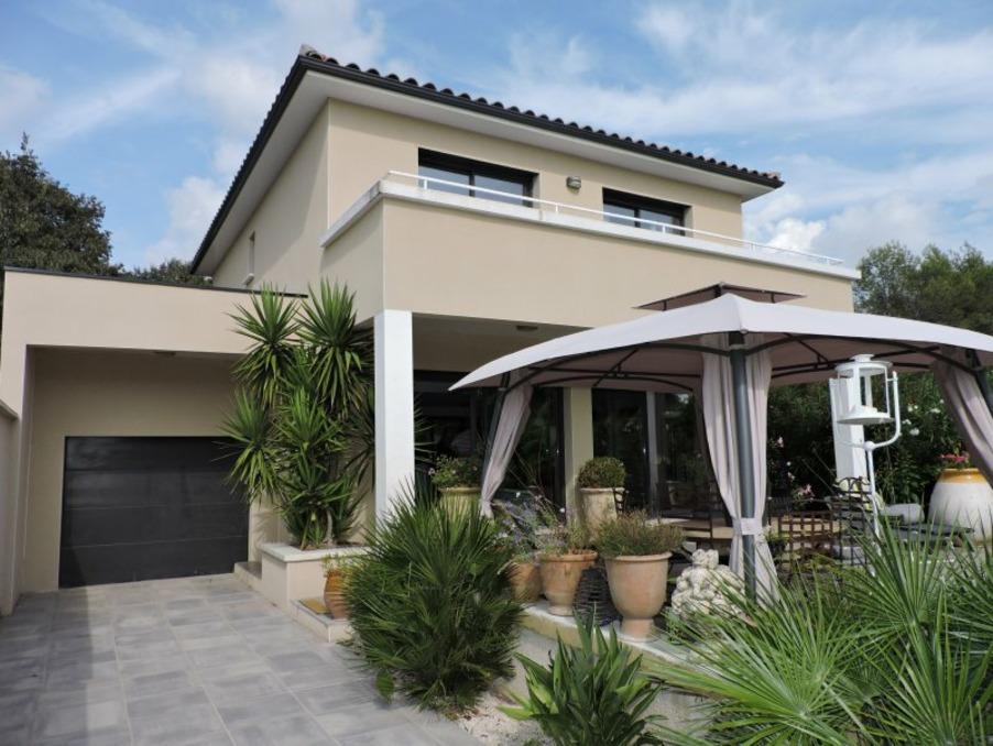 Vente Maison  avec parking  Castries  499 000 €