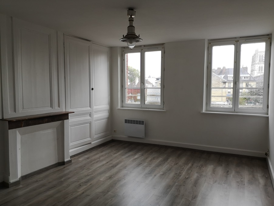 Location Appartement ABBEVILLE  450 €