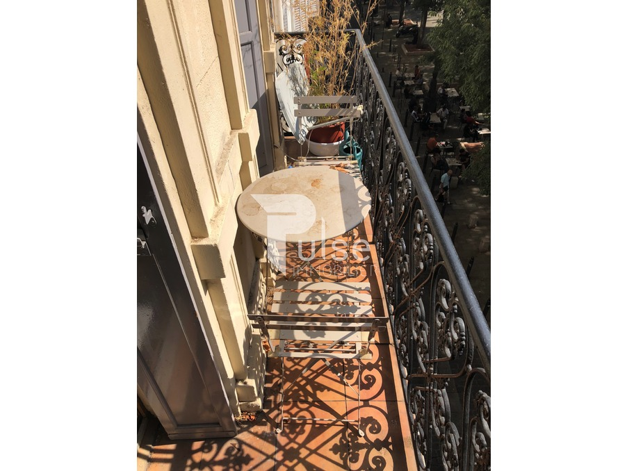 Vente Appartement  2 chambres  MARSEILLE 1ER ARRONDISSEMENT  150 000 €