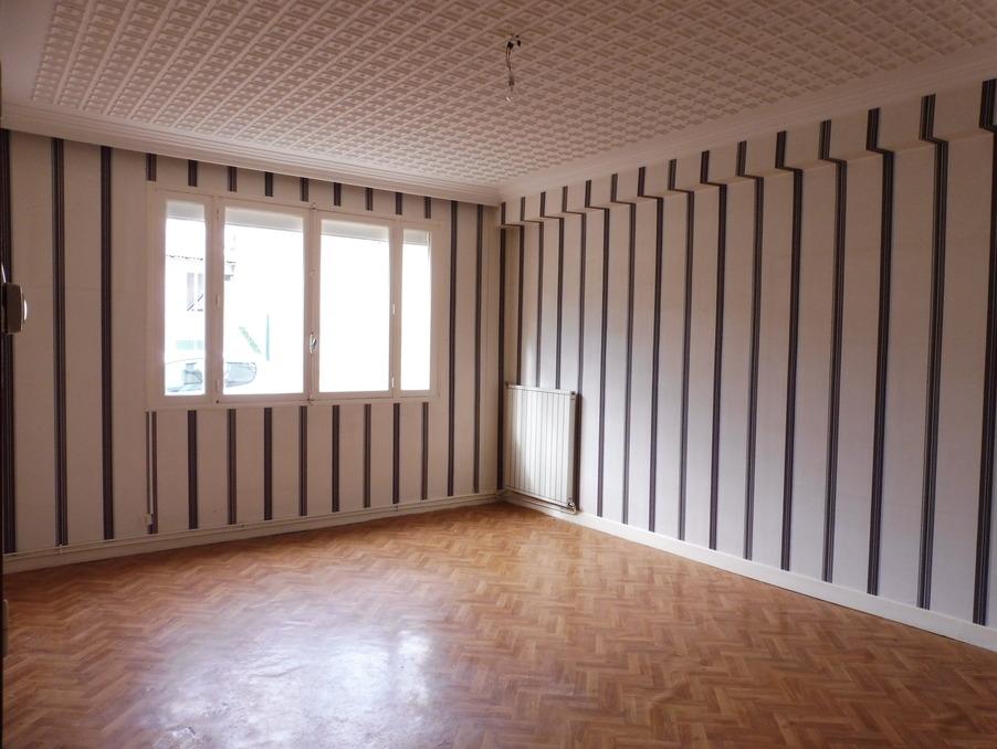 Vente Appartement  à rénover  MILLAU 85 000 €