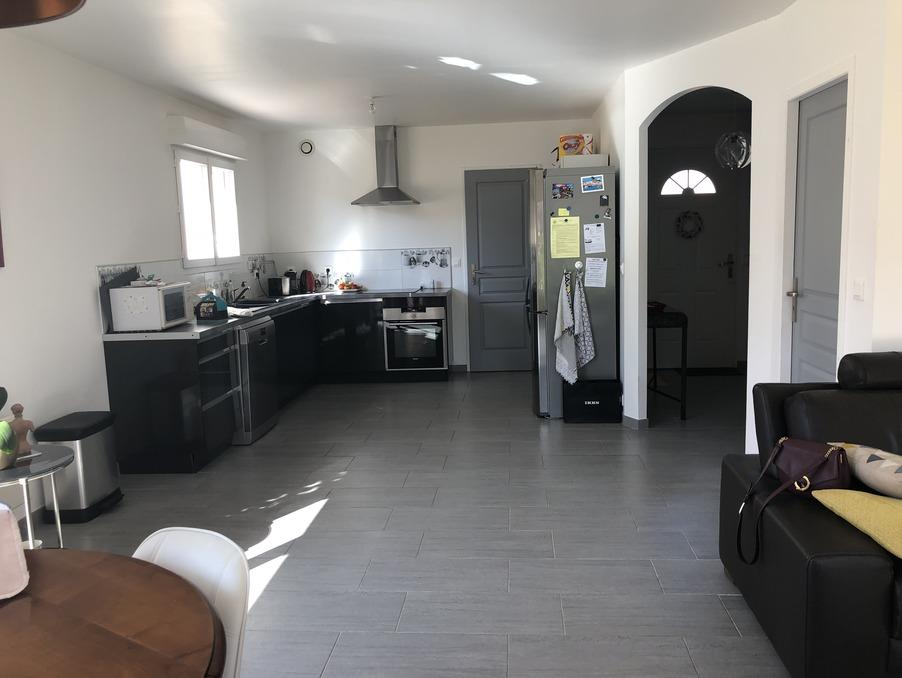 Location Maison ROQUETTES  950 €