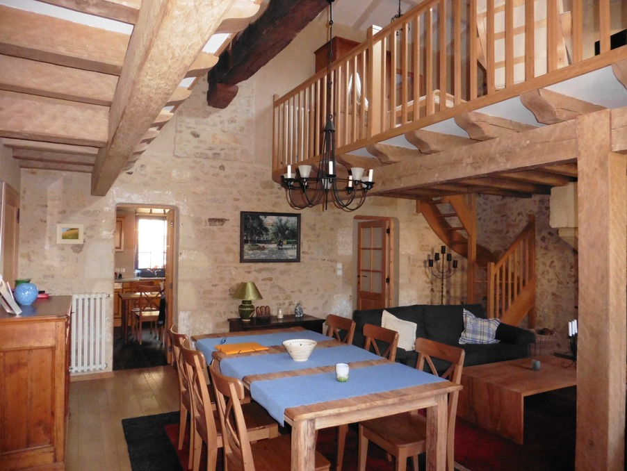 Vente Maison CHASSENEUIL SUR BONNIEURE  169 600 €