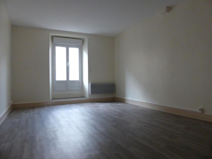 Location Appartement LANGOGNE  535 €