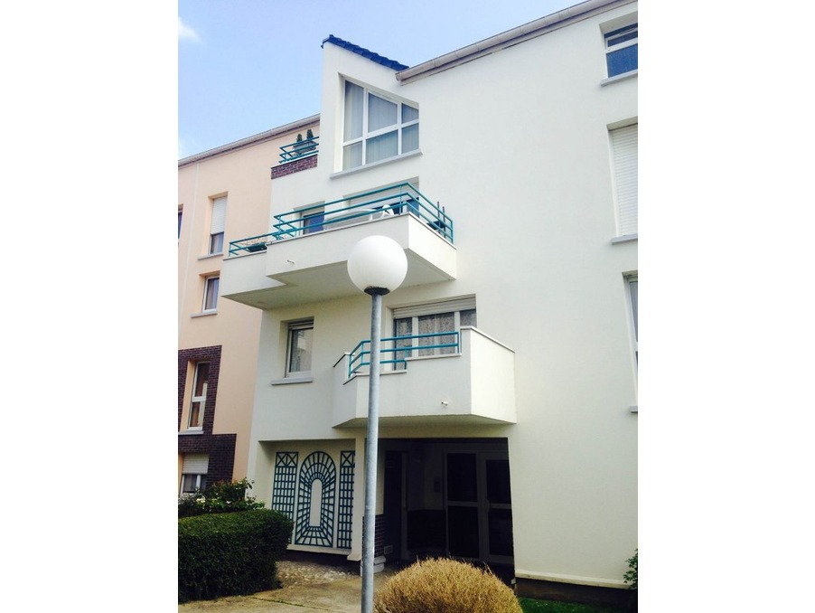 Location Appartement BEAUCHAMP  630 €