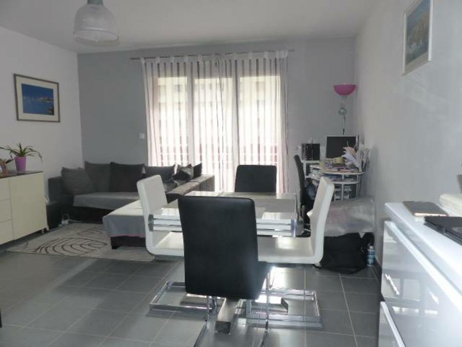 Vente Appartement  avec balcon  CHENOVE  111 000 €