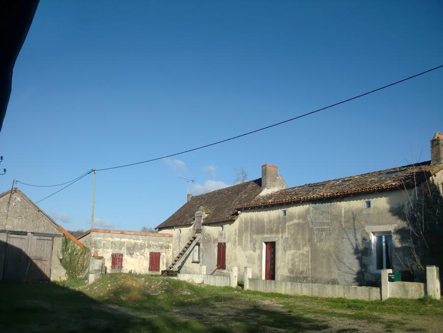 Vente Maison LA PUYE  132 000 €