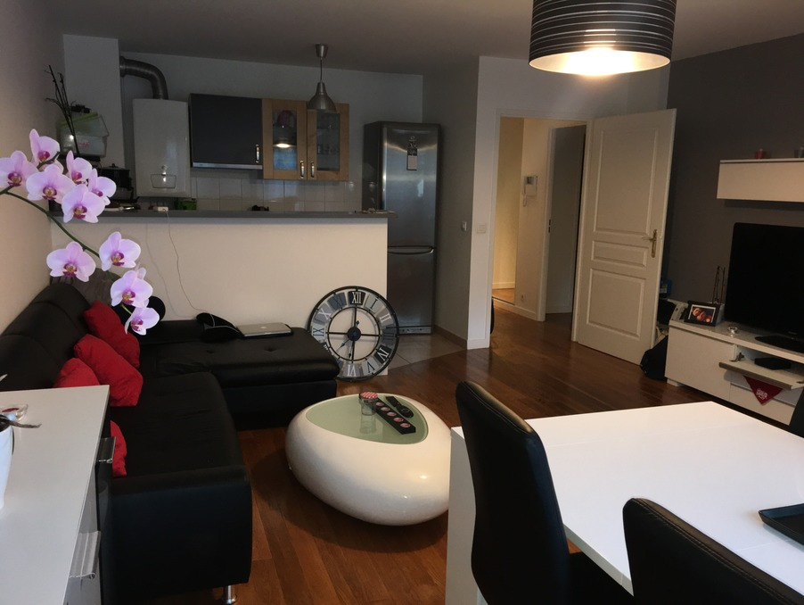Location Appartement POISSY  895 €
