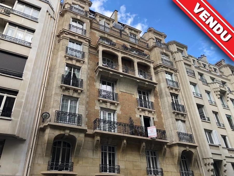Vente Appartement PARIS 17EME ARRONDISSEMENT  840 000 €