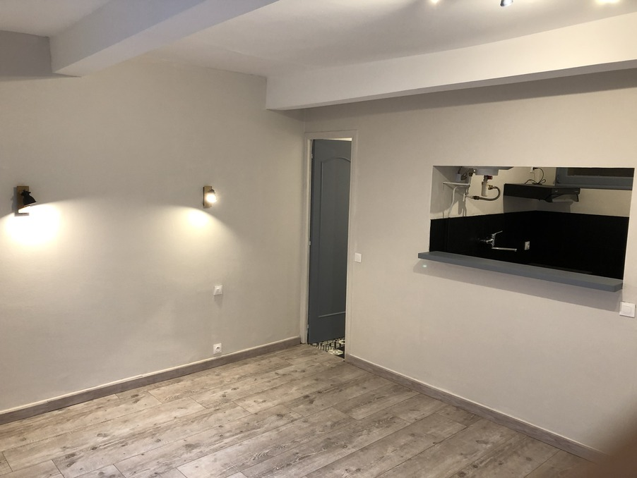 Location Appartement REVEL  320 €
