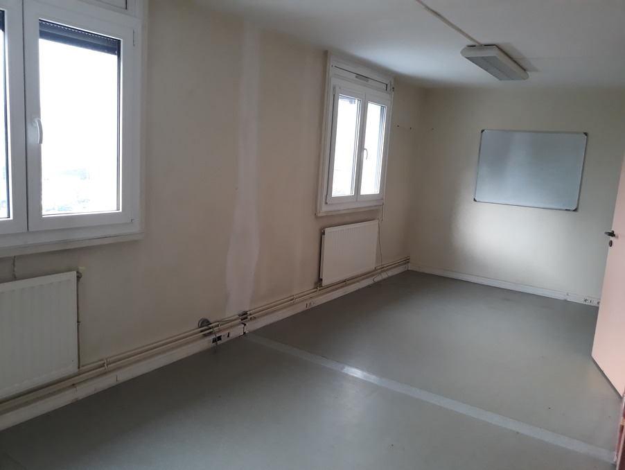 Location Professionnel Saint-Nicolas  763 €