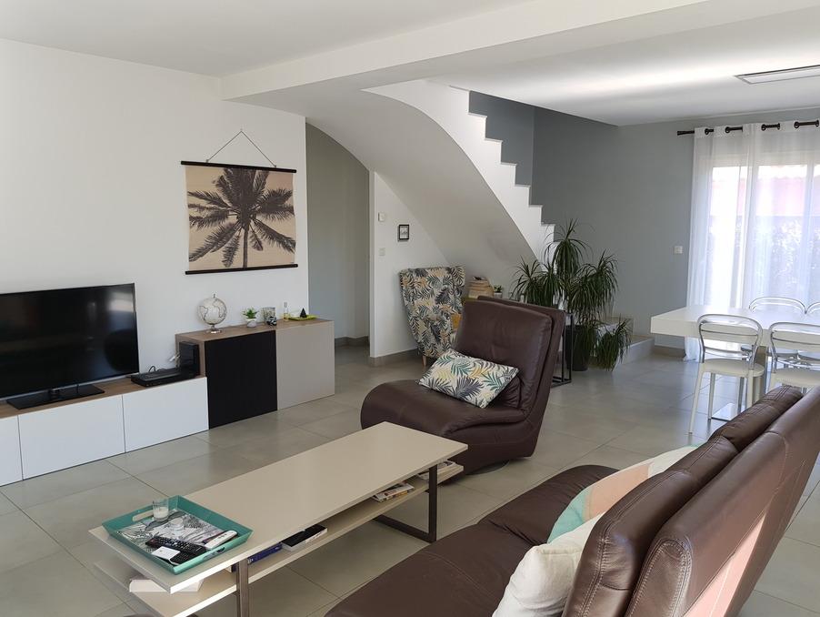 Vente Maison  avec jardin  MAUGUIO  425 000 €