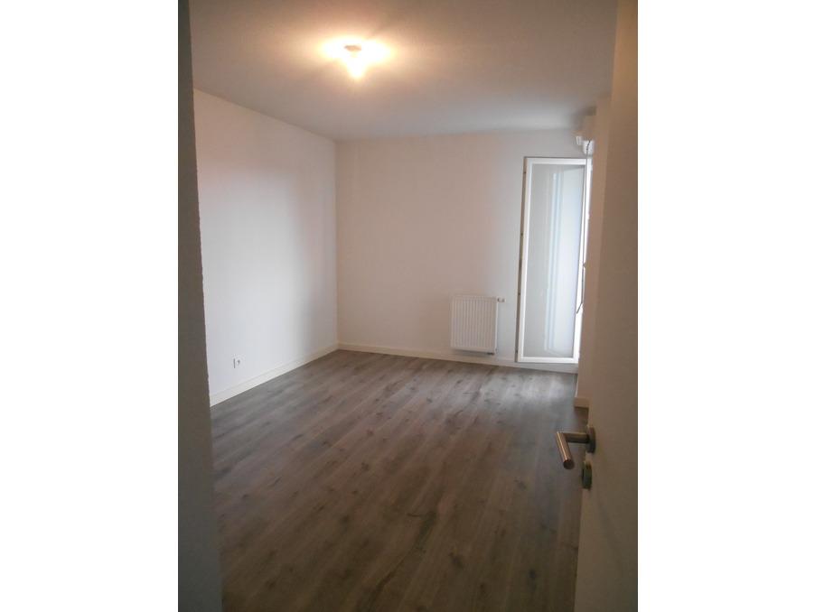 Location Appartement MONTFAVET 6