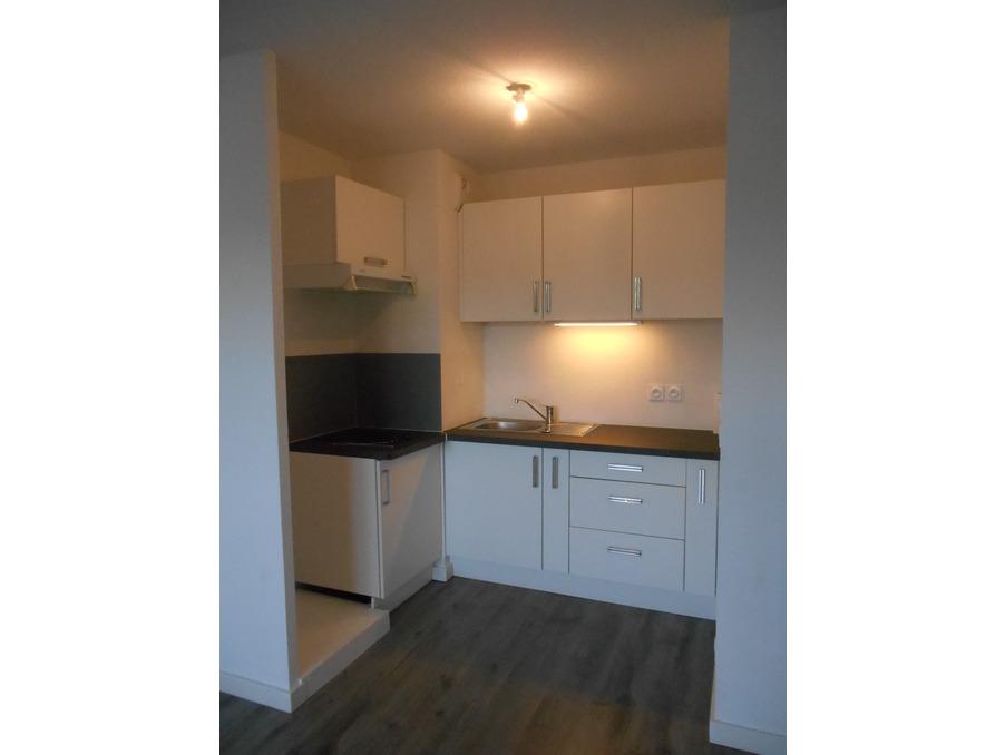 Location Appartement MONTFAVET 9