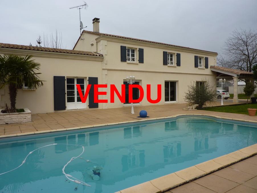 Vente Maison La couronne  364 000 €