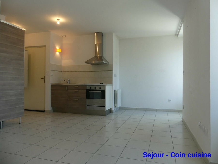 Location Appartement LANGOGNE  420 €