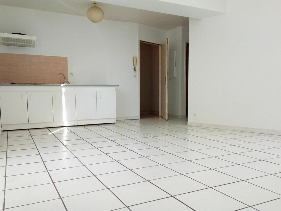 Location Appartement Brive-la-Gaillarde  330 €