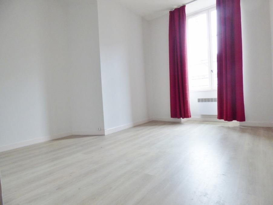 Location Appartement  1 chambre  Brive-la-Gaillarde  395 €