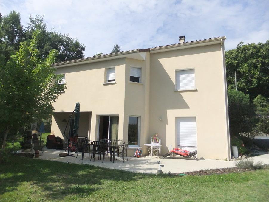 Vente Maison  séjour 40 m²  USSAC  281 000 €