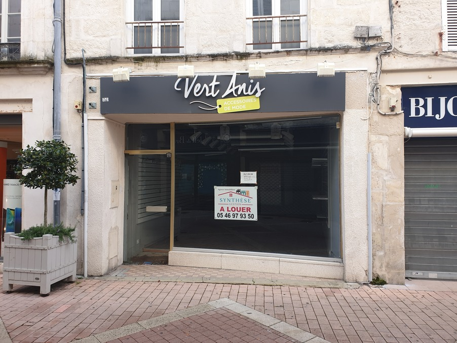 Location Local SAINTES 1 500 €