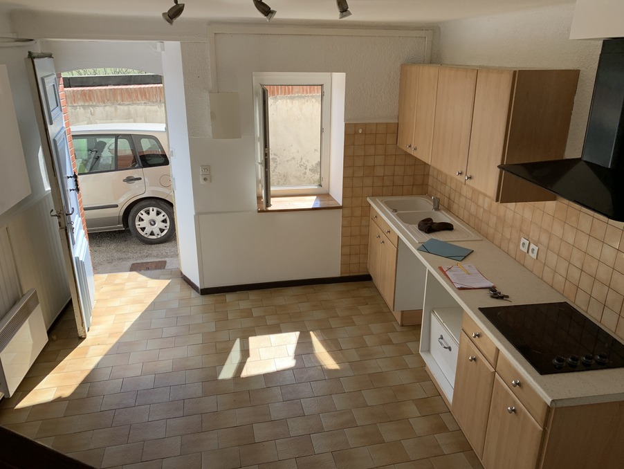 Location Appartement Saint-Félix-Lauragais  358 €