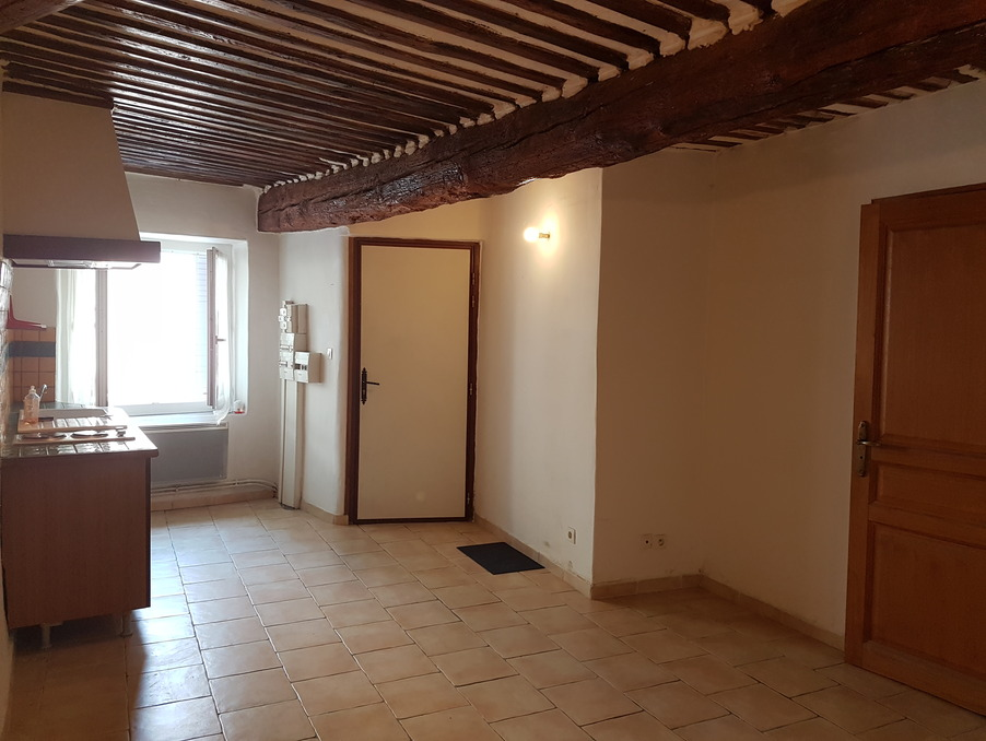 Location Appartement Saint-Saturnin-lès-Avignon  367 €
