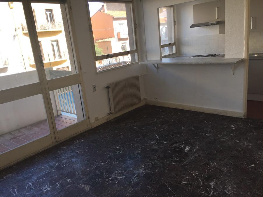 Location Appartement PERPIGNAN  390 €