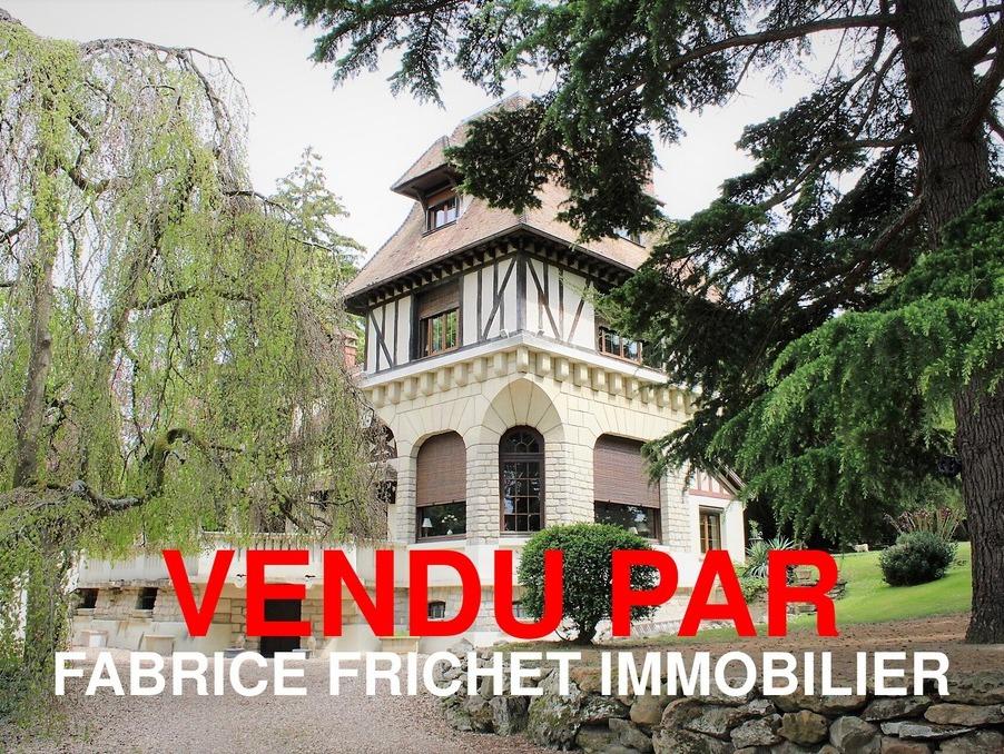Vente Propriete NOTRE DAME DE L'ISLE  575 000 €